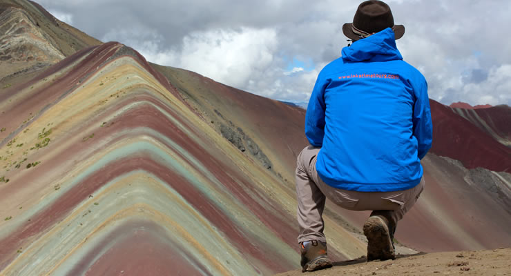 hiking-rainbow-mountain-vinicunca-and-red-valley-img05