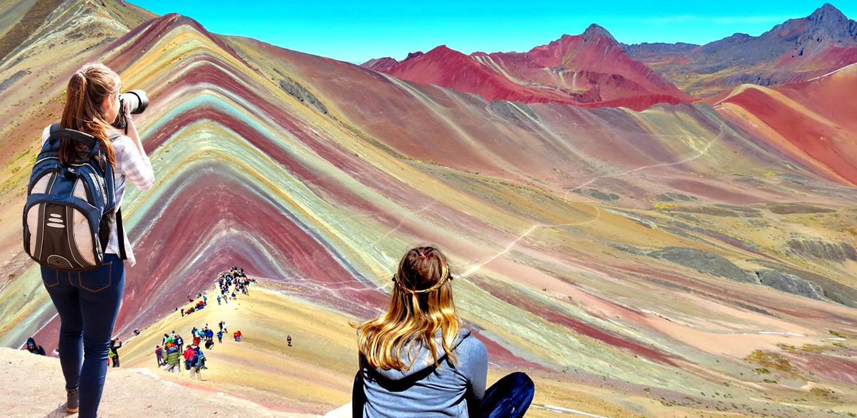 hiking-to-the-rainbow-mountain-cusco-vinicunca